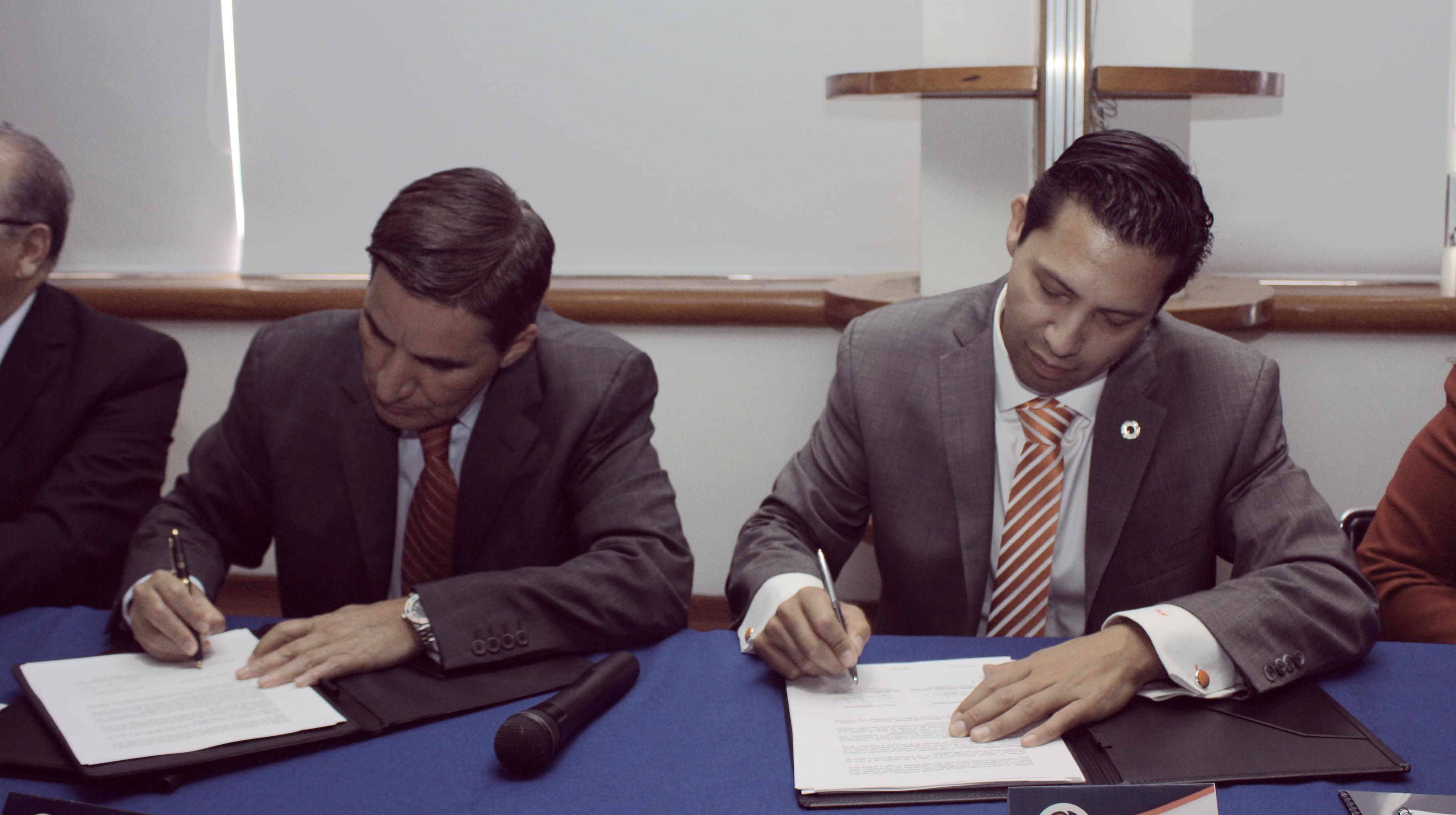 El Tecnológico Nacional de México (TecNM) y la Cámara Nacional de la Industria de Transformación (Canacintra) firmaron un convenio de colaboración, para impulsar una fuerte vinculación entre ambas instituciones.