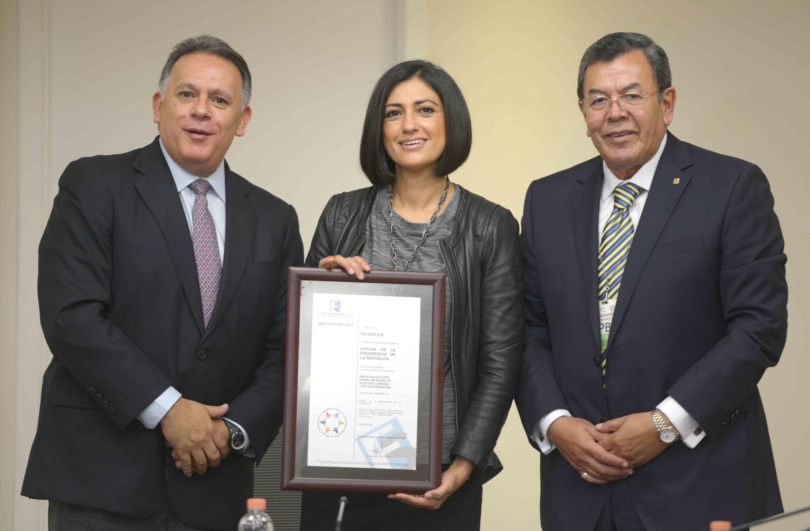 La Presidenta del INMUJERES, Lorena Cruz Sánchez, destacó que, por primera vez, un Presidente de la República elevó al más alto nivel el tema de la igualdad y la prevención de la violencia contra las mujeres.