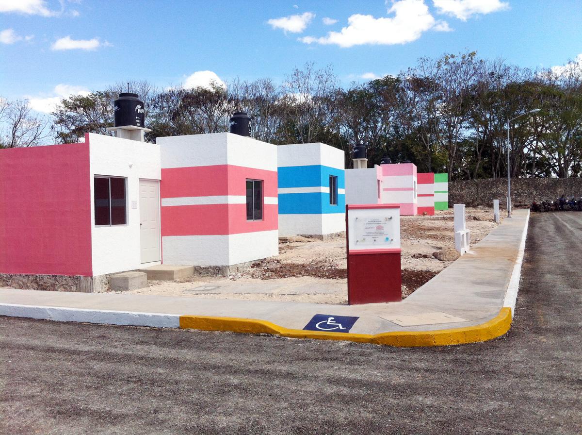 La sedatu y el fonhapo entregan 83 casas en valladolid - Spa urbano valladolid ...
