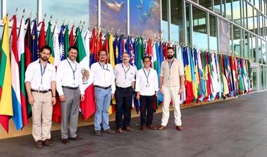 Comisionado Nacional de Áreas Naturales Protegidas, Alejandro Del Mazo Maza, con su equipo de colaboradores.