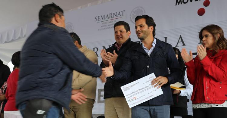 Entrega de recursos del PET a las comunidades del Estado de México.