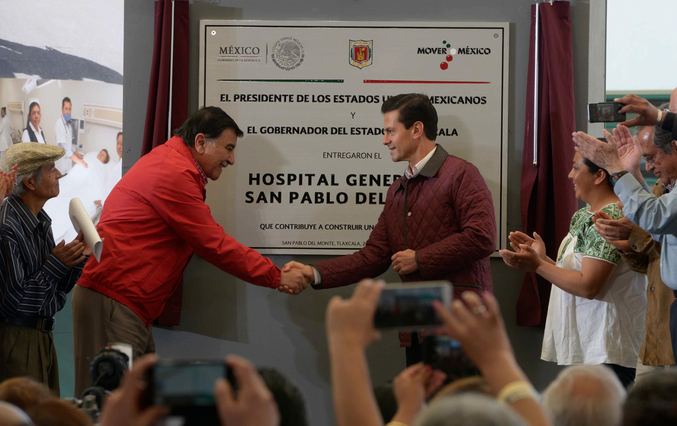 The president inaugurated the San Pablo del Monte General Hospital.