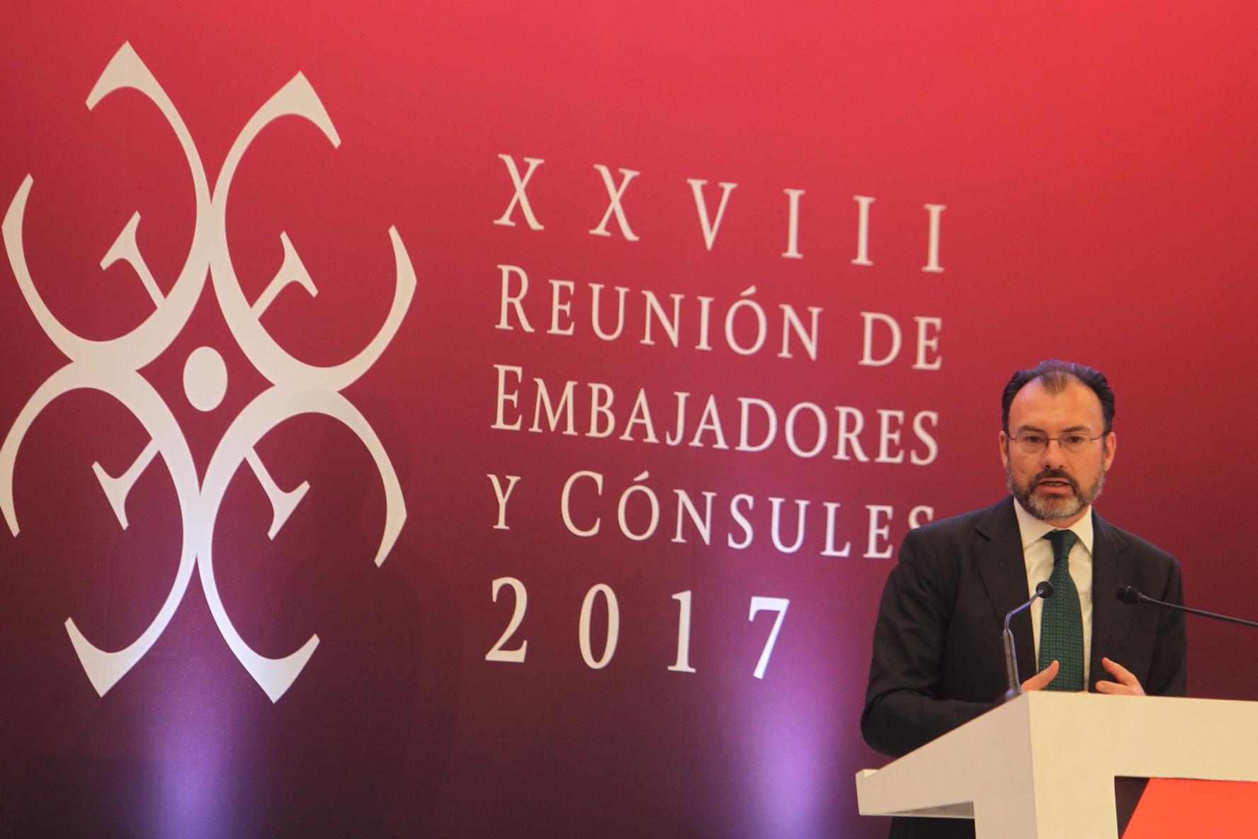 El Secretario de Relaciones Exteriores Luis Videgaray refrenda el compromiso de la Cancillería en materia de protección a los Derechos Humanos