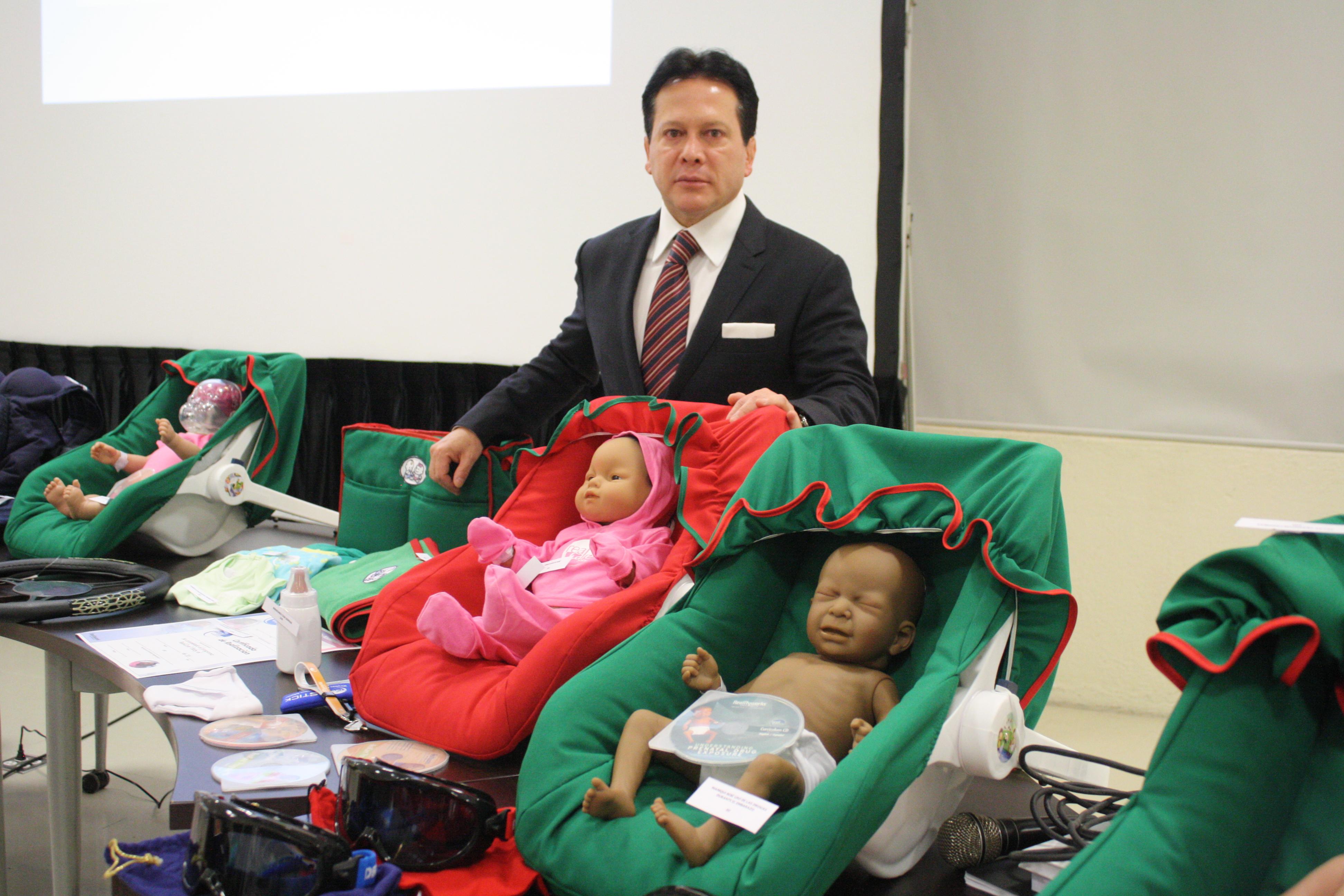 Por dos días representantes de los estados de México, Durango, Michoacán, Morelos, Nuevo León, Oaxaca y Veracruz recibieron capacitación en torno a los problemas que afectan la salud.