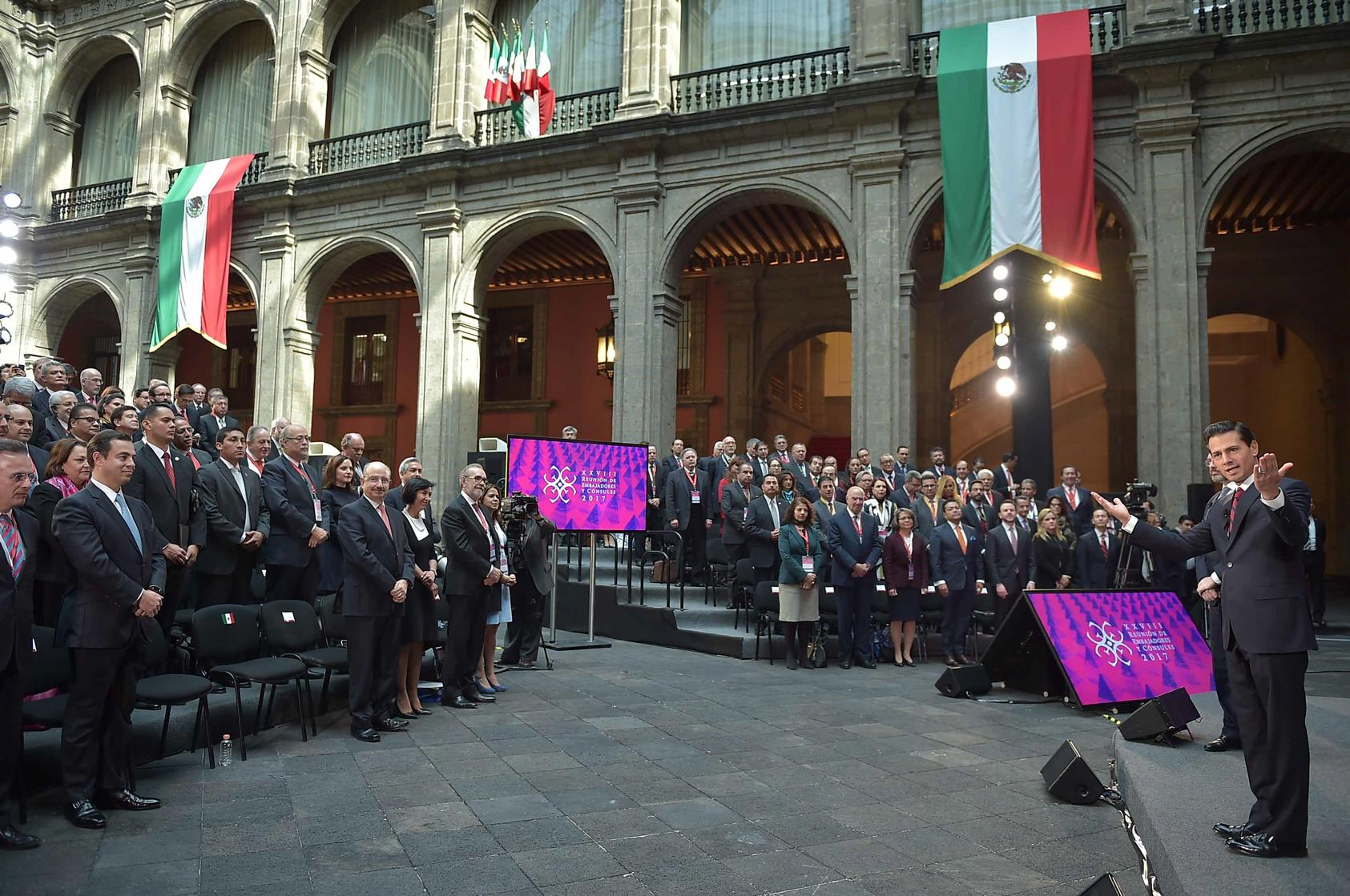 The president led the 28th Meeting of Mexican Ambassadors and Consuls.