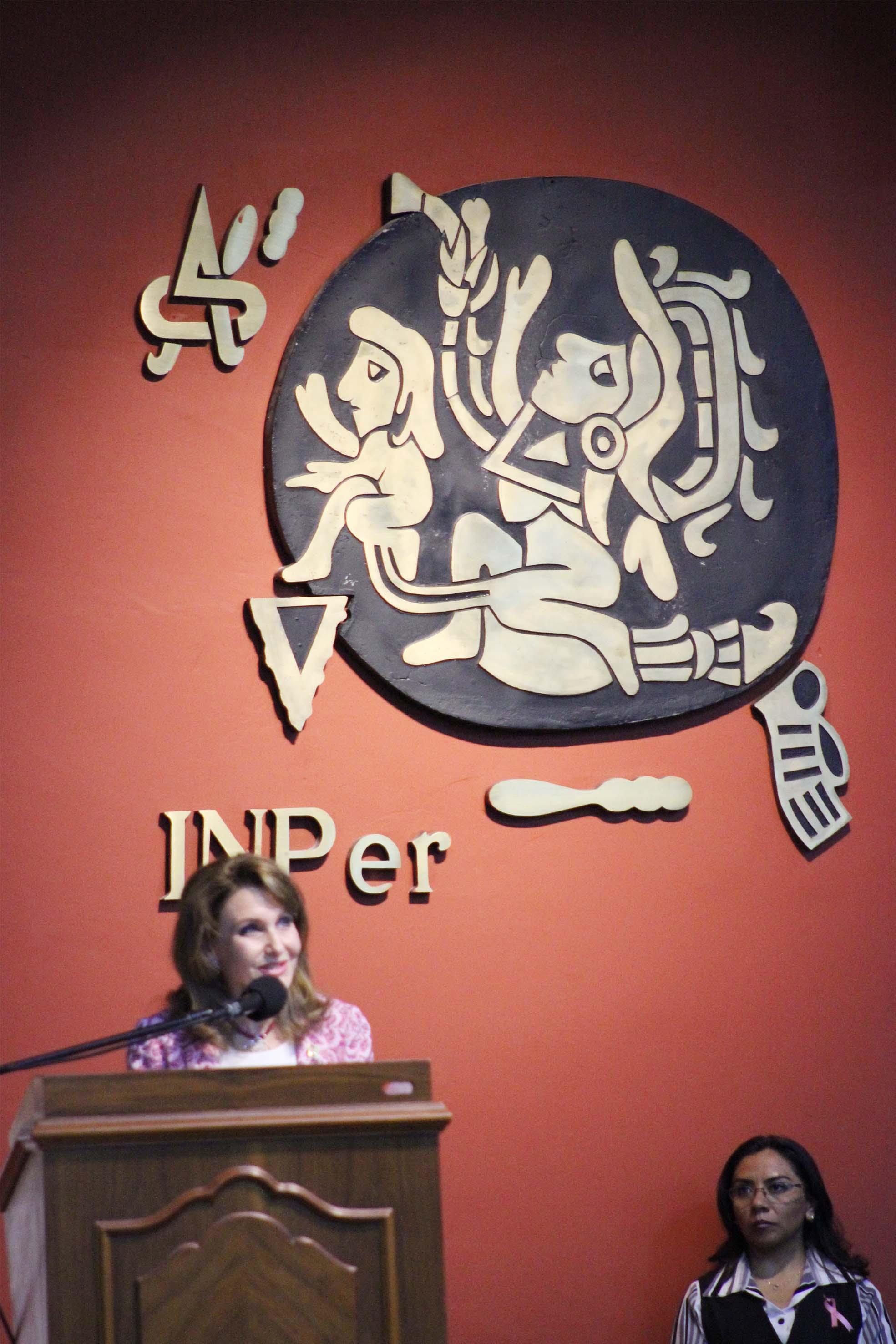 """Seminario Internacional """"Mujer Joven y Cáncer de Mama: Retos y Respuestas"""""""
