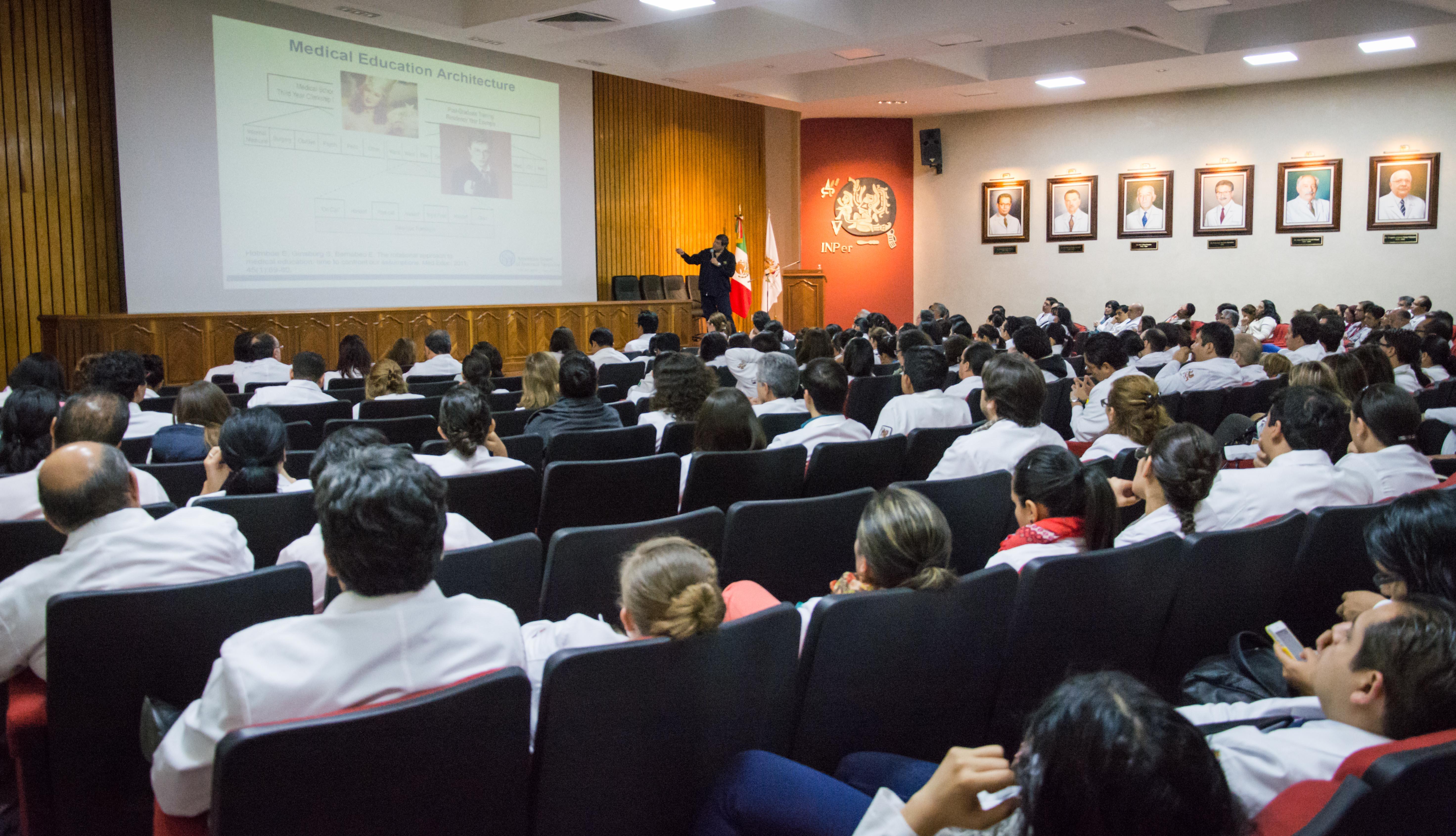 Apuesta el INper por la educación médica basada en competencias