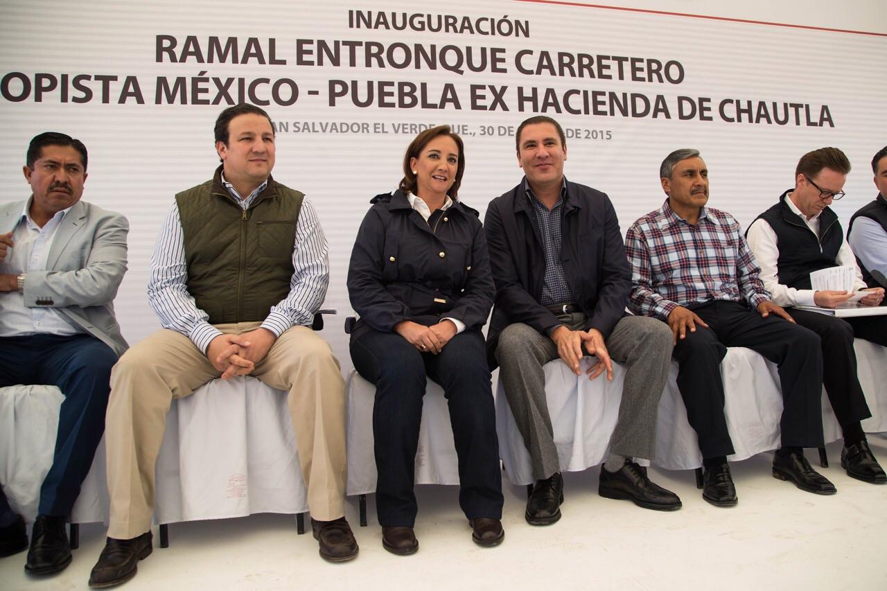 La Secretaria de Turismo inauguró El Ramal Entronque Carretero que reducirá los tiempos de traslado del DF a Chautla, así como de la capital poblana a este emblemático destino turístico.