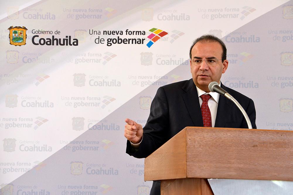 El Secretario del Trabajo y Previsión Social asistió en Coahuila de Zaragoza a la firma del Convenio de Concertación Académica y Científica con la Universidad La Salle Saltillo.