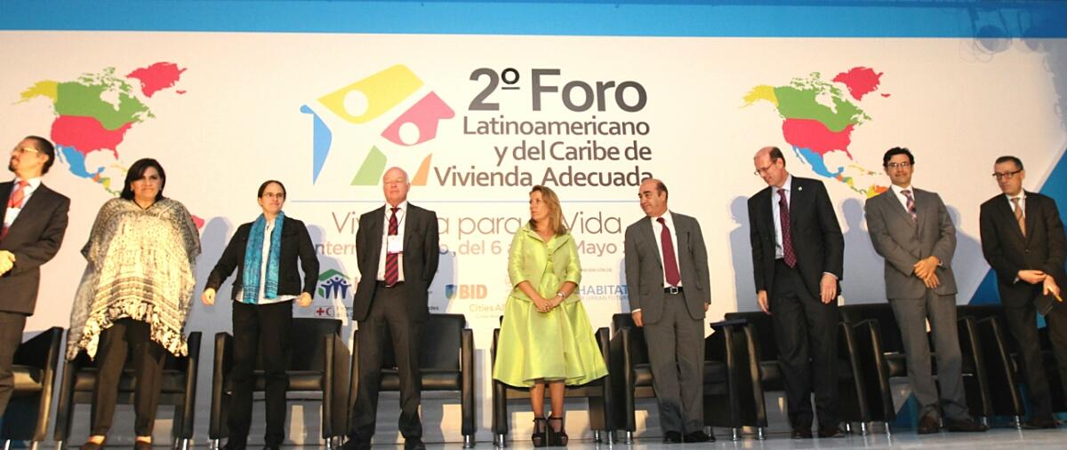 El titular de la SEDATU inauguró en Monterrey, Nuevo León, inaugurar el 2° Foro Latinoamericano y del Caribe de Vivienda Adecuada.