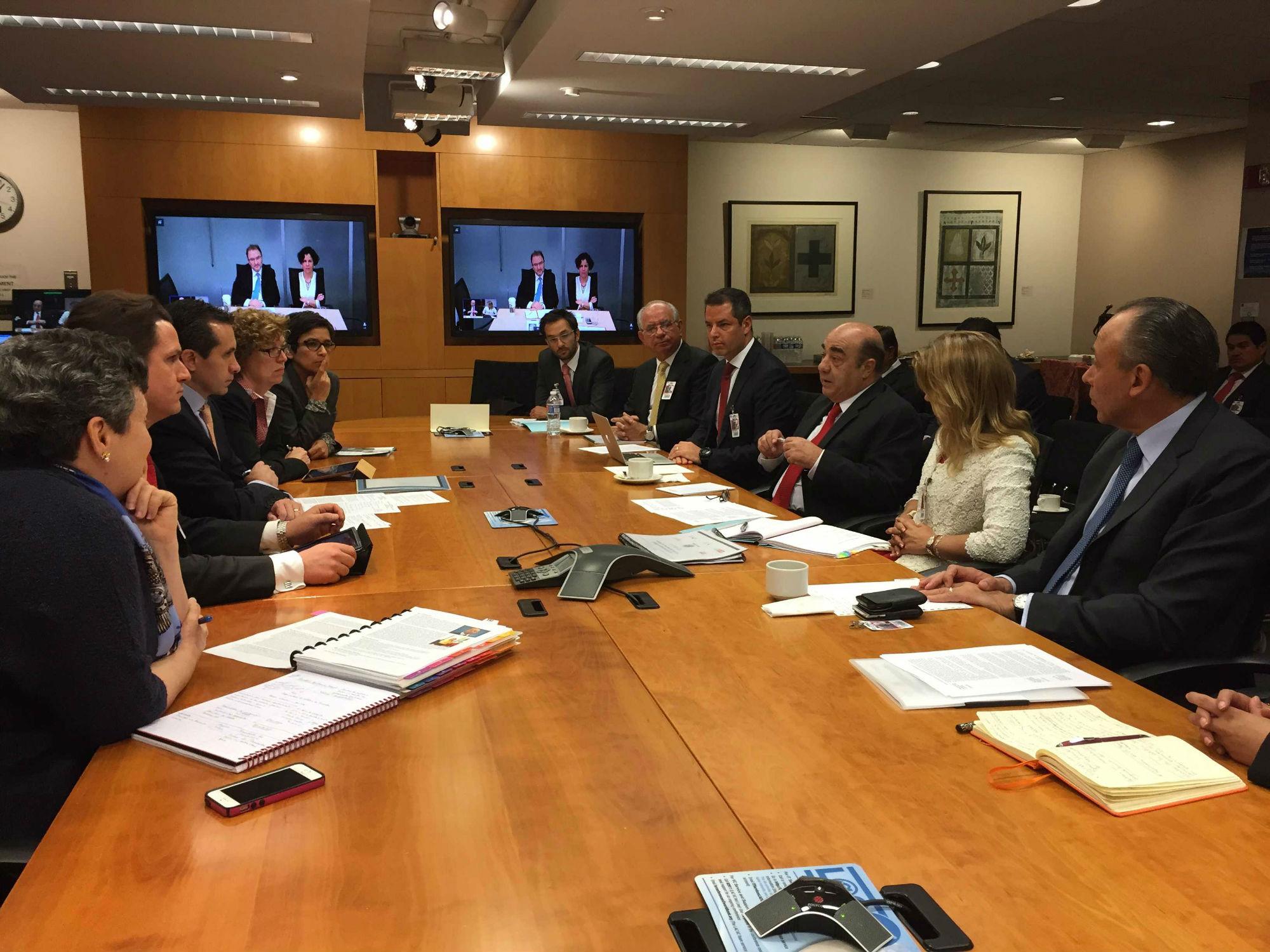 El titular de la SEDATU, Jesús Murillo Karam, sostuvo sendas reuniones con funcionarios de ambos organismos internacionales en Washington, EU.