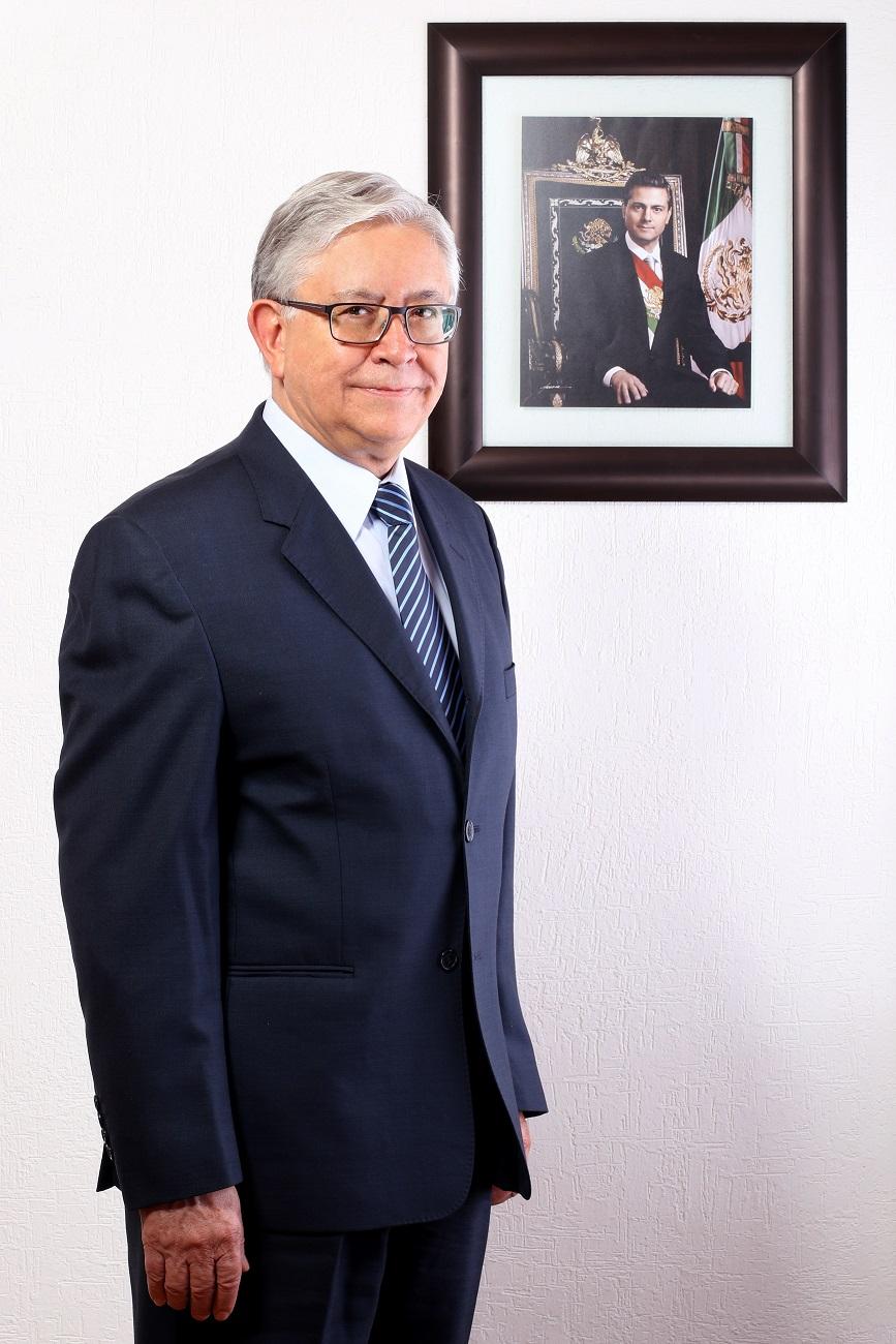 Carlos Guerra Guerra, Subdirector Corporativo de Producción