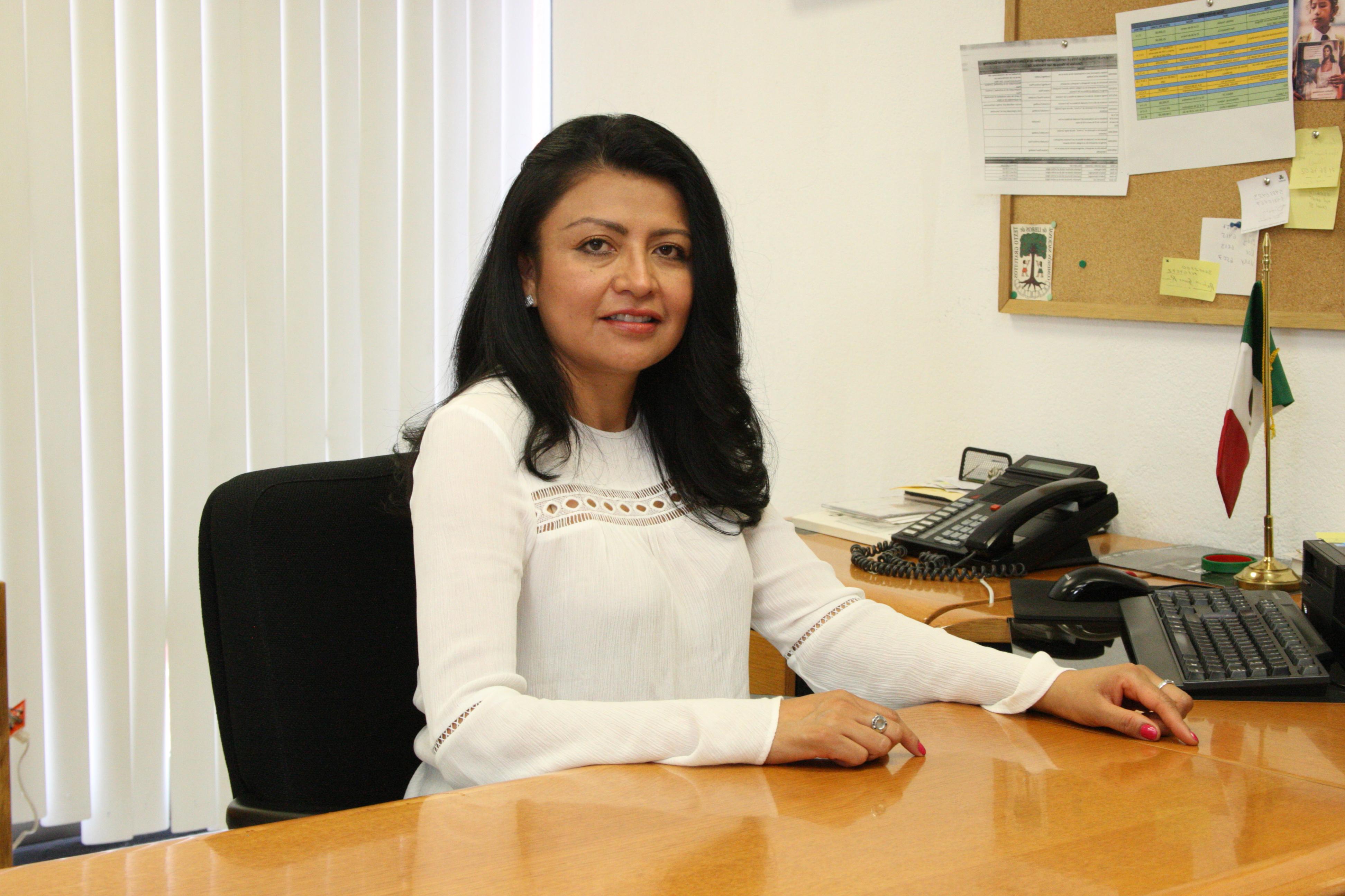 Directora de Distribución. Fabiola Patricia Hernández Cruz