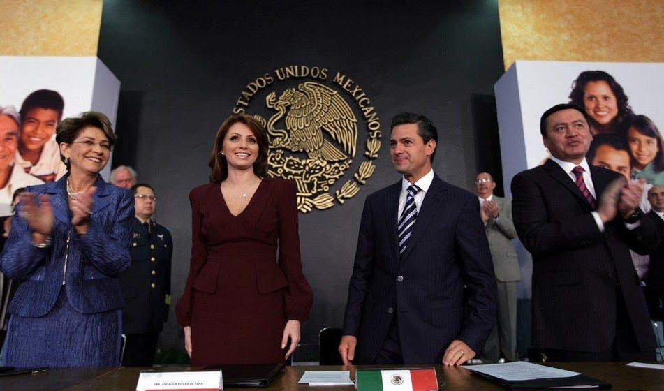 Asume Angélica Rivera de Peña presidencia del Consejo Ciudadano Consultivo del DIF Nacional.