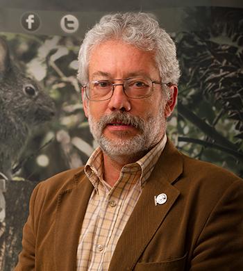 Dr. Carlos Enrique Galindo Leal