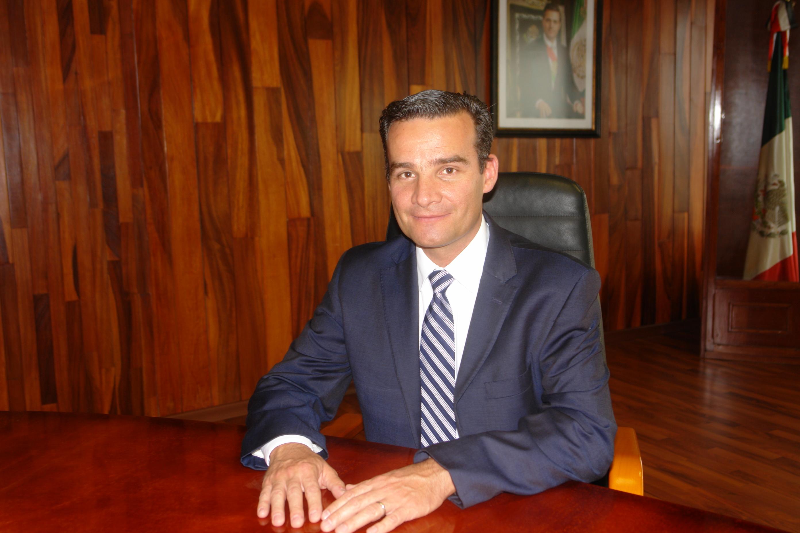 C.P. Carlos Mauricio Rebolledo Sánchez Titular de Auditoria Interna en AGROASEMEX.