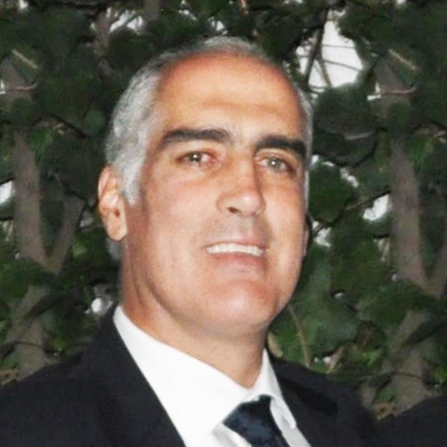 Dr. Eduardo Pesqueira Villegas