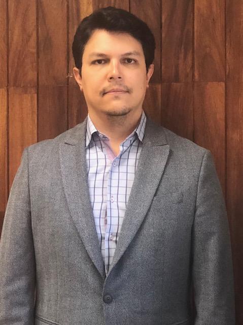 Dr. Francisco Julián Hernández Alvarado