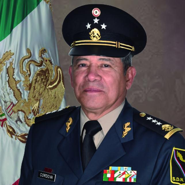 General de División Diplomado de Estado Mayor David Córdova Campos.