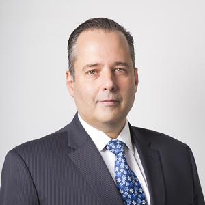Fernando Rodríguez Antuña Vicepresidente de Supervisión de Grupos e Intermediarios Financieros A