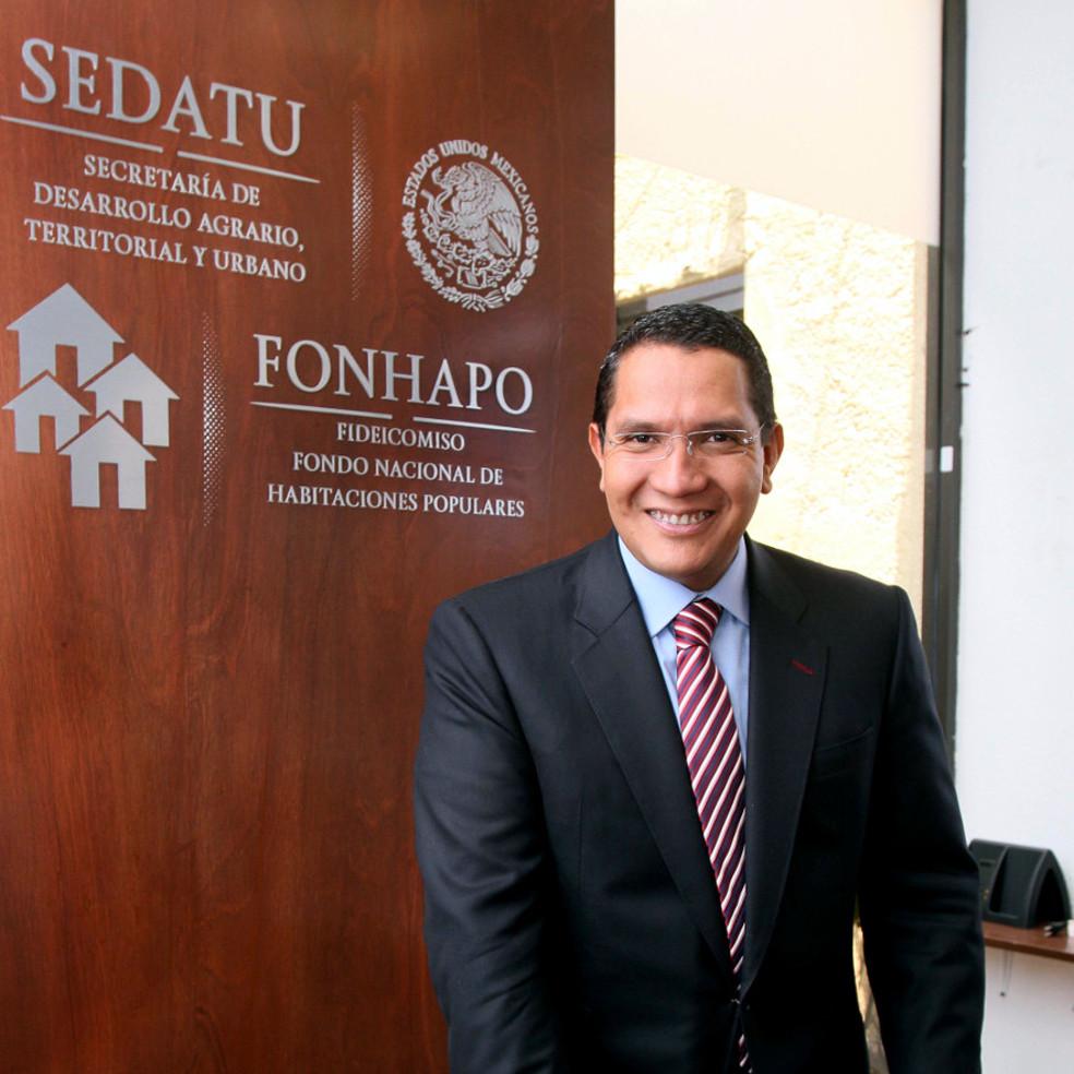 Ángel Islava Tamayo, Director General del Fideicomiso Fondo Nacional de Habitaciones Populares